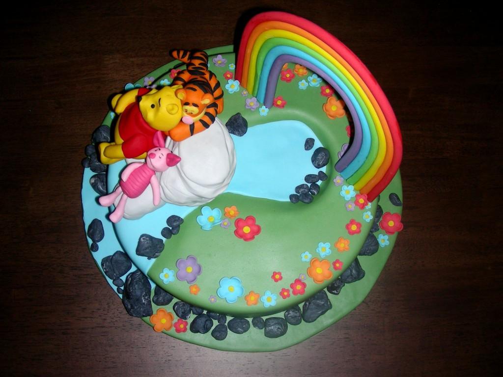 Winnie puuh torte for Winnie pooh kuchen deko