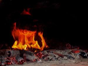 Feuer mit Glut