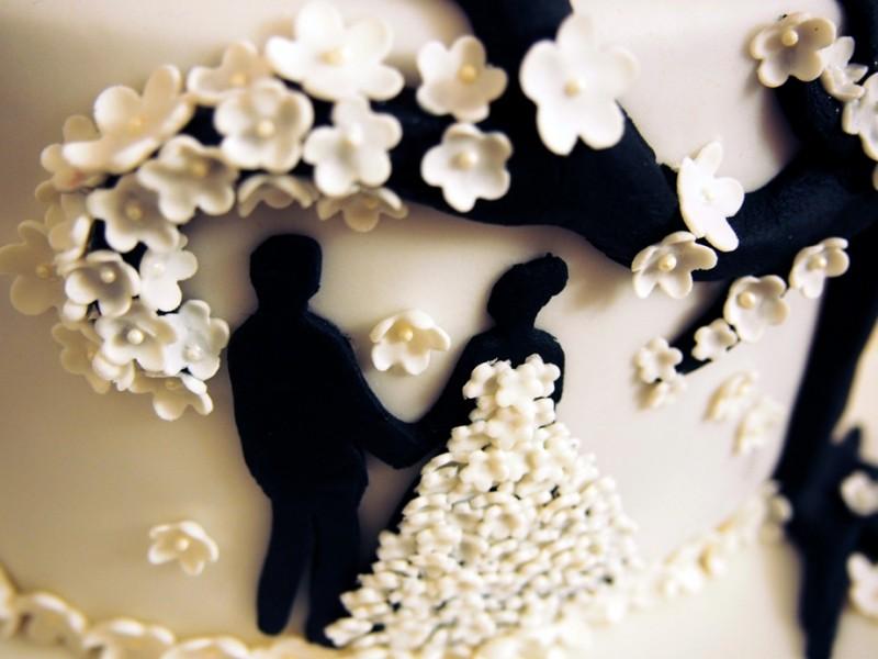 Hochzeitstorte Fuer Die Standesamtliche Zeremonie moreover Bridal Shower moreover Cumpleanos De V irina moreover Cute Cupcakes Wallpaper additionally Buttercream Wedding Cupcake Tower. on bat cupcakes