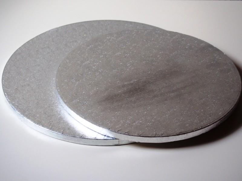 cake board cake drum die perfekte unterlage f r die torte. Black Bedroom Furniture Sets. Home Design Ideas