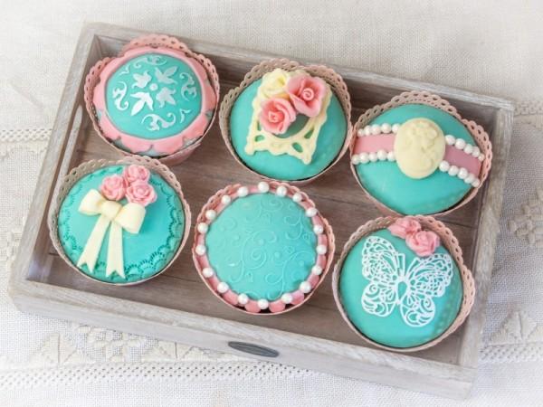 Vintage Cupcakes-25