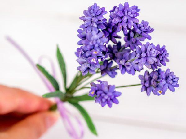 Lavendel aus Blütenpaste