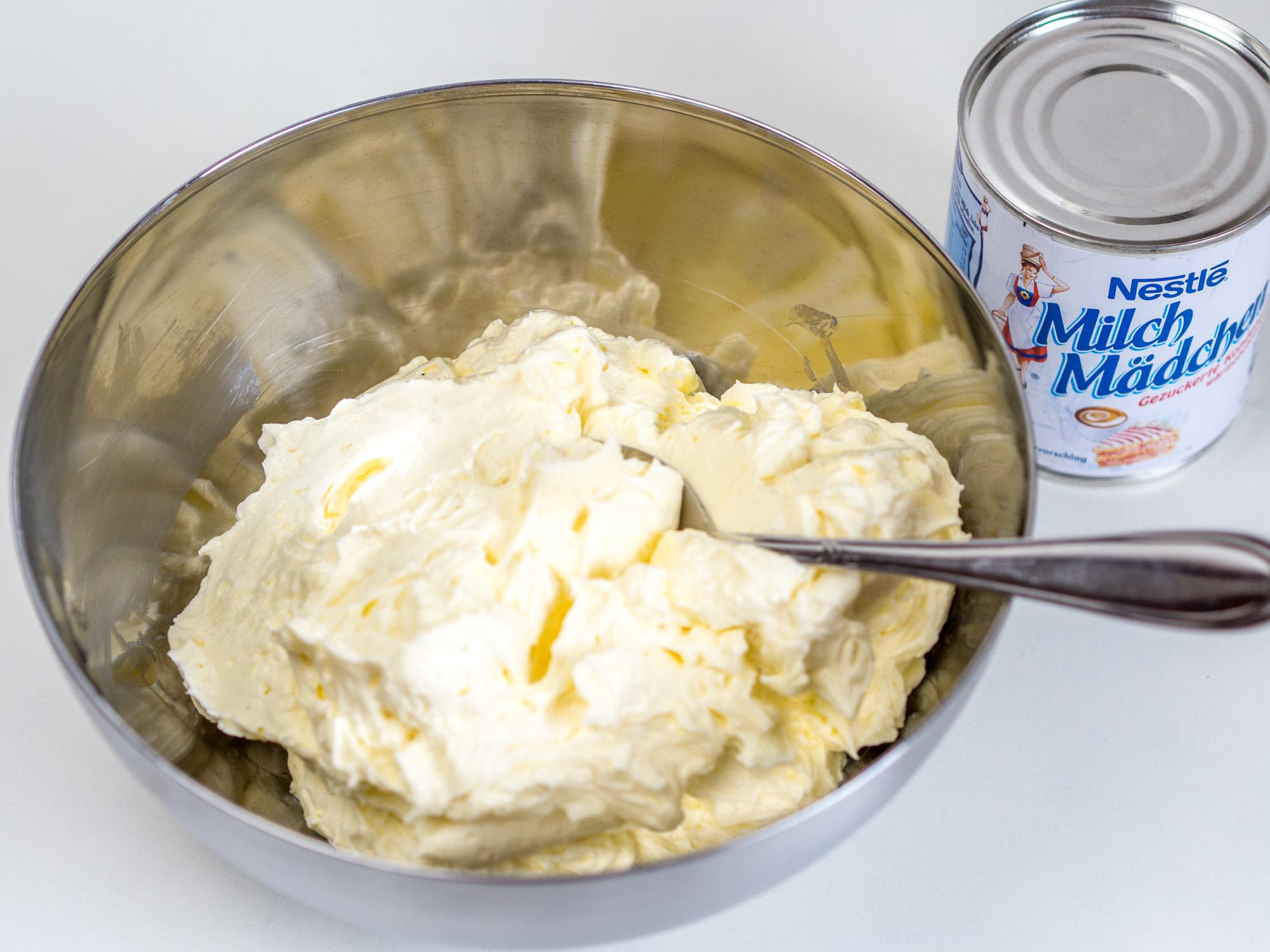 Rezept Mit Video Fur Eine Milchmadchen Buttercreme Fondanttauglich