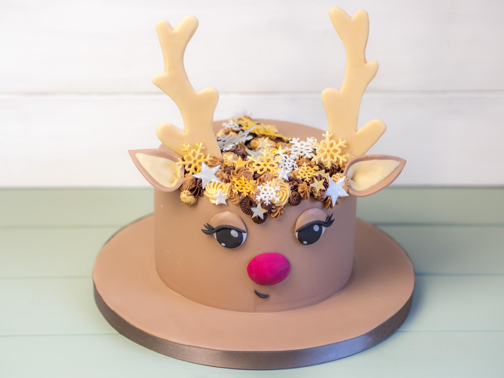 anleitung f r eine rentier torte als weihnachts torte. Black Bedroom Furniture Sets. Home Design Ideas