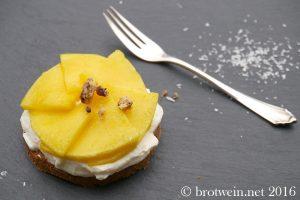 brotwein-kokos-mango-toertchen-kuchen