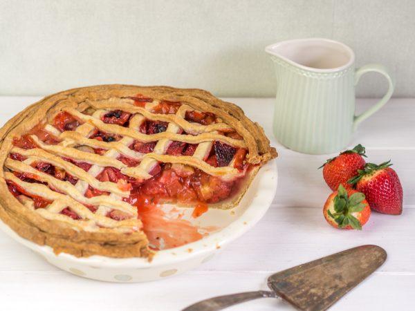 Erdbeer Rhabarber Pie