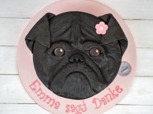 Eine zuckersüße Mops-Torte