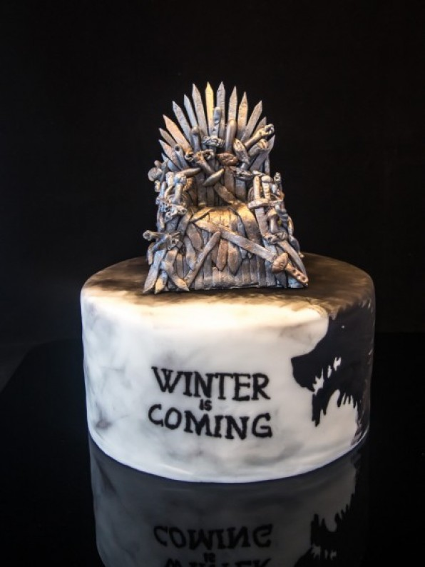 Game of Thrones Torte mit Video Tutorial {Sponsored Post*}