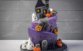 Halloweentorte (Topsy Turvy)