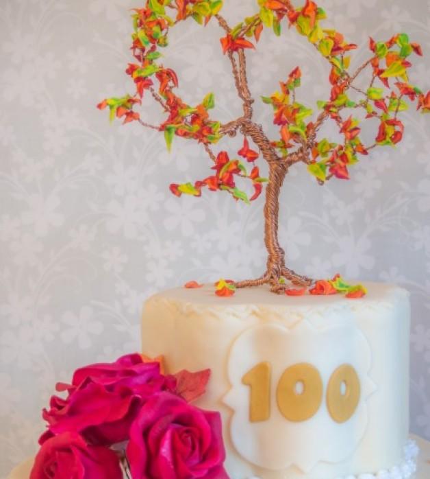 Drahtbaum: herbstlicher Cake Topper mit Royal Icing