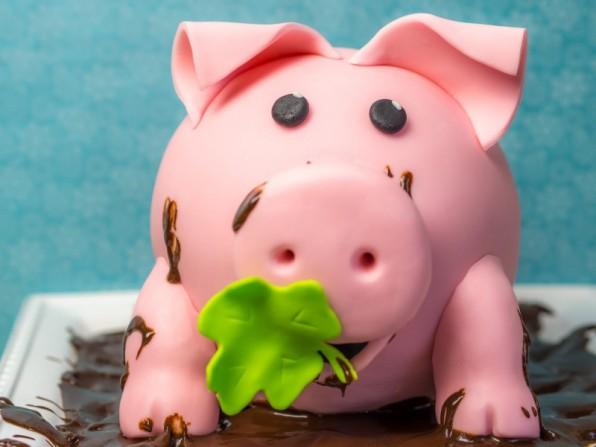 Schweinchen Torte oder viel Glück im neuen Jahr! {Video}