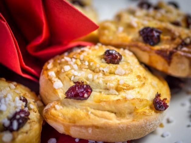 Schwedische Zimtschnecken – fruchtig, zimtig, herrlich, süß! {Werbung*}