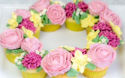 Buttercremeblumen Cupcakes mit der Kenwood Chef Sense + Gewinnspiel {Werbung*} {Video}