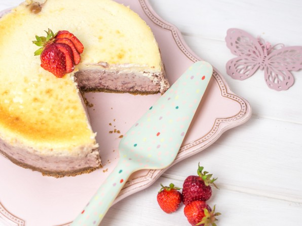 Roasted Strawberry Cheesecake