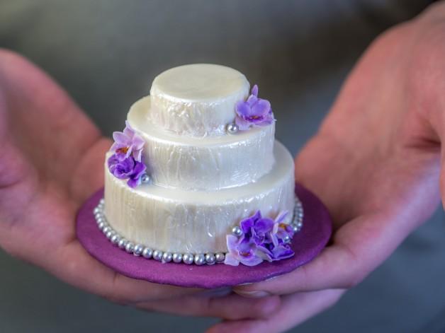 Mini-Hochzeitstorte als Hochzeitsgeschenk