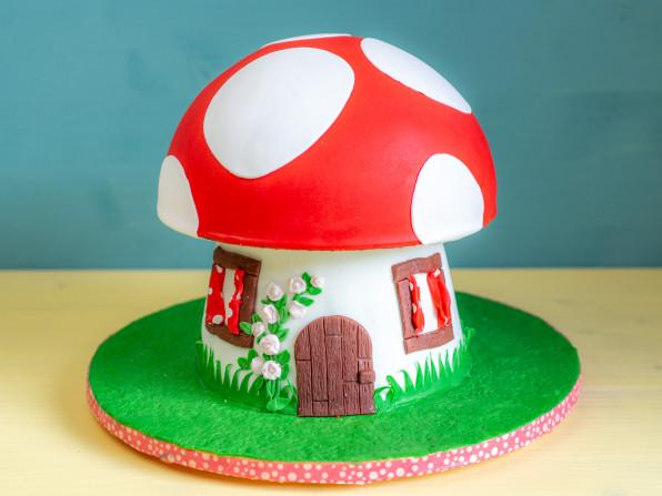 Glückspilz Pilz Haus Torte