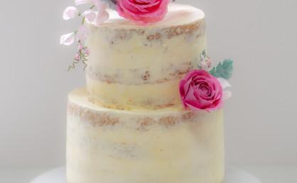 Semi Naked Cake Tutorial mit Hinweisen zu echten Blumen