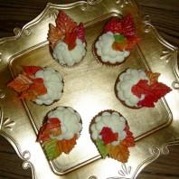 Karotten-Cupcakes mit Frischkäse-Frosting