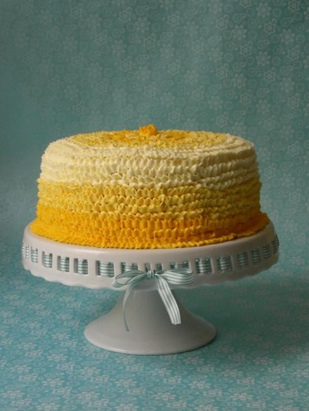 Milchmädchen-Torte im Ombre-Stil