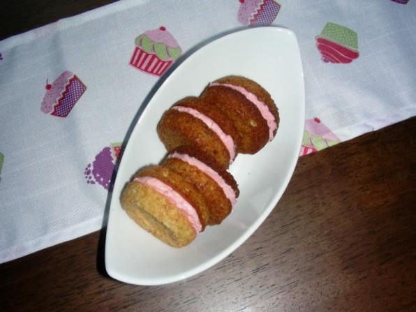 Whoopie Pies mit Erdnussbutter und Erdbeercreme