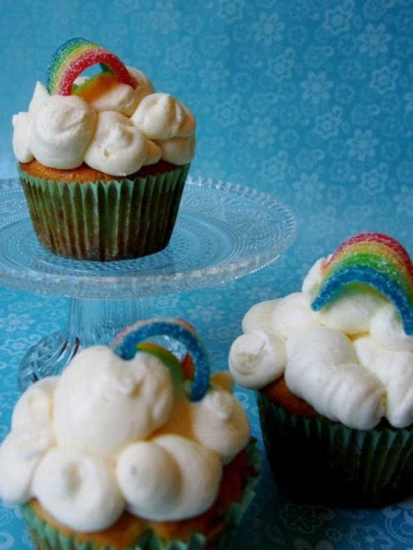 Regenbogencupcakes