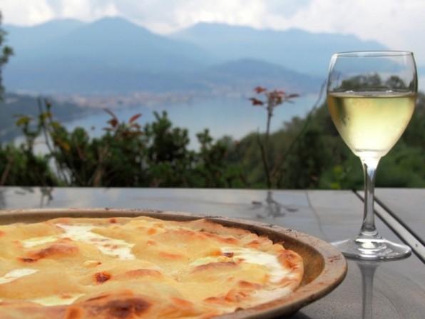 Urlaubsküche: Focaccia col formaggio (Käse-Focaccia)