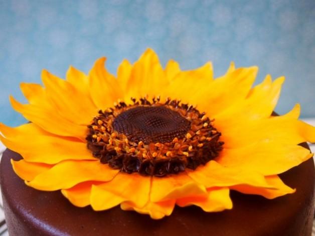 Anleitung Sonnenblume aus Blütenpaste