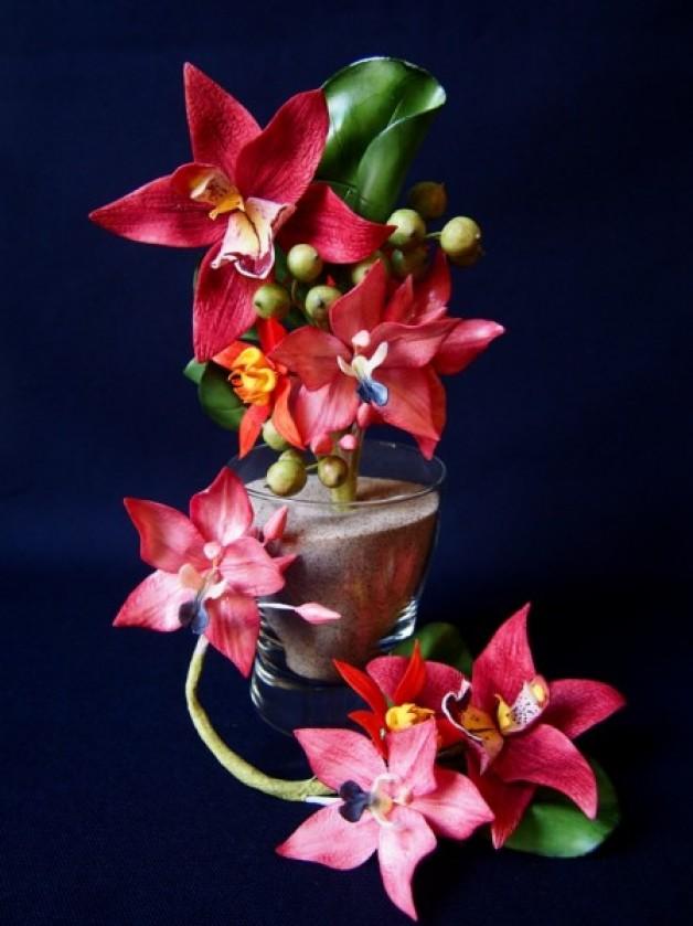 Orchideen-Gesteck zum Geburtstag