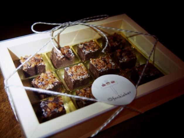Dark Chocolate Fudge mit Zimt-Knusperzucker*