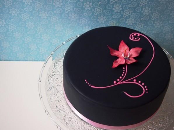 Orchideen-Torte (oder ein hübscher Lückenbüßer)