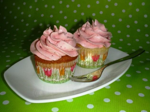 Erdbeer-Mandel-Cupcakes