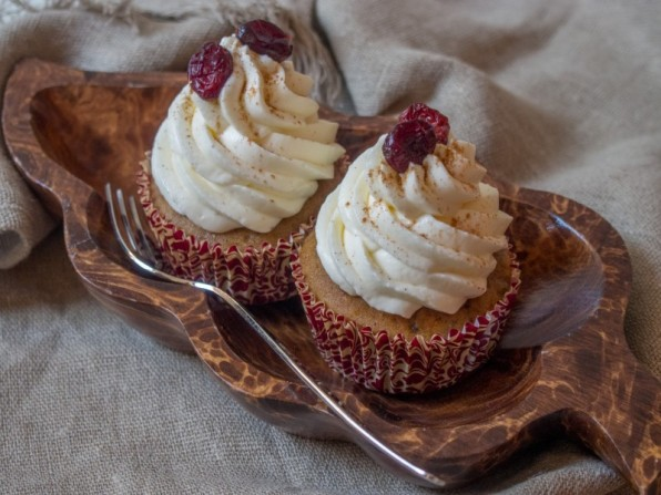 Kürbis-Cupcakes mit Frischkäse-Sahne-Frosting